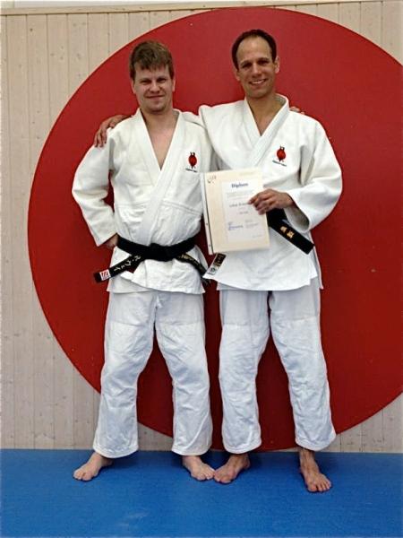 Lukas (rechts) mit seinem Prüfungspartner Roman Wey